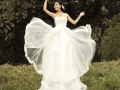 beautiful-2013-lastest-bride-fluffy-wedding-dress-crystal-decoration-bow