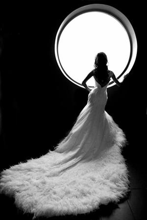 Как правильно выбрать пышное свадебное платье со шлейфом