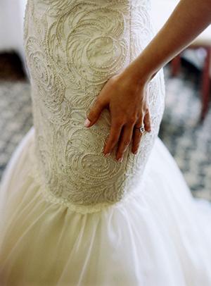 короткие платья идеально подходят невысоким девушкам