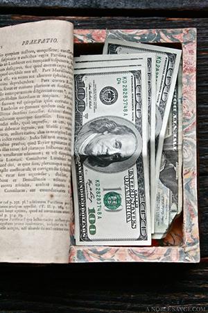 как дарят деньги на свадьбу