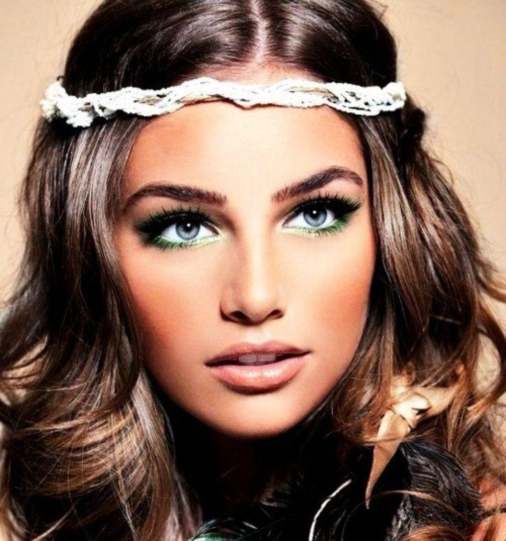 Свадебный макияж для зеленых глаз шатенок